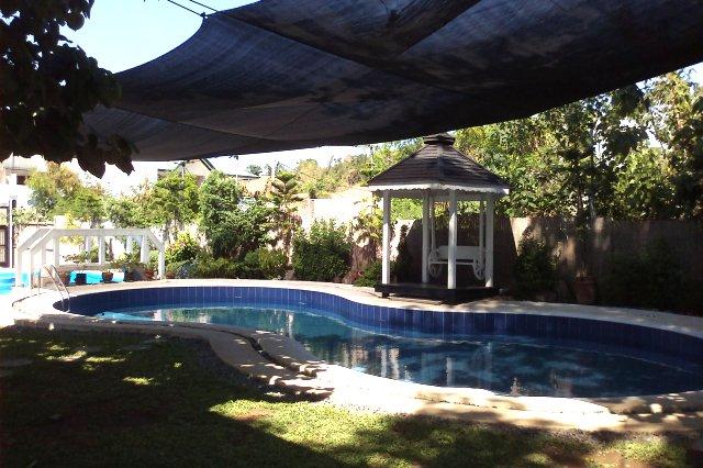 Private pool resort rooms overnight facilities laguna los for Bano beach resort